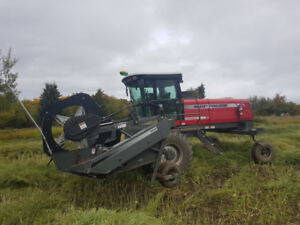 2010 Massey Ferguson 9435 Swather - 25 ft