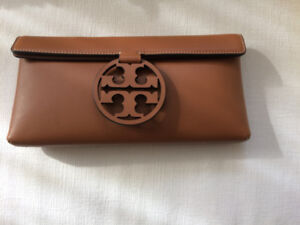 Authentic, Brand new TORY BURCH leather bag
