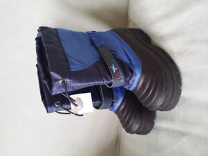 Boys Size 10 Winter Boots Brand New With Tags