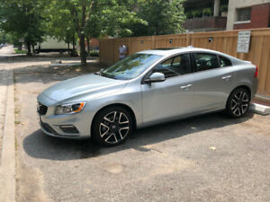 2018 VOLVO S-60 AWD, LIKE NEW! Only 7,000 kms.