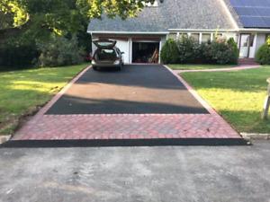 Paving asphalt driveways