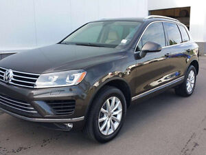 **WOW!! - 2015 Volkswagen Touareg TDI - ** ONLY 15,500 Kms!! **