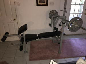 Weider bench press with weights/banc d'exercice Weider @ poids