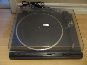 PIONEER  FULL AUTOMATIC TURNTABLE PL-570