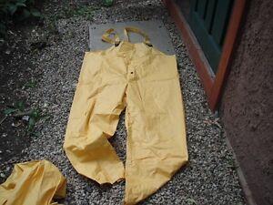 waterproof rain pants Moose Jaw Regina Area image 1