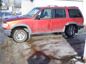 1999 ford explorer 4x4 ,auto,4litre,fully loaded $3500 obo