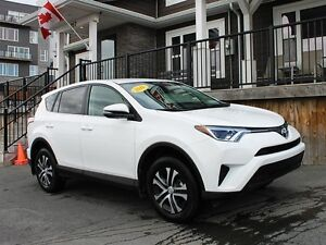 2016 Toyota RAV4 LE / 2.5L / Automatic **Just 21K!!!**