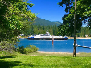 Lakefront Kootenay Cottage-Pet Friendly-Weekly Only
