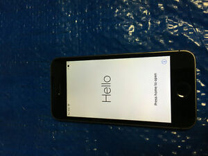 iPhone 5S 16GB mint condition Bell