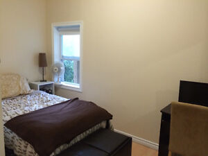 SLC and Queens Students - Fabulous ALL INCL House Available