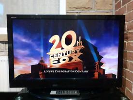 "Toshiba 40"" LCD HD TV FREEVIEW"