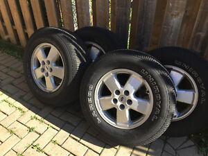 """4 16"""" (P235 70R) tires and rims. London Ontario image 2"""