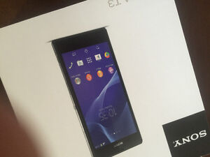 Brand New in Box Sony Xperia T3 / Screen Protector in JUST $ 220