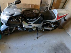 2003 GSX-R600
