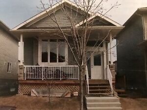 Bi-Level House for Rent - East Spruce Grove, Century Rd/Hghway16