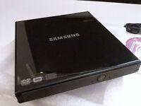 SAMSUNG SLIM EXTERNAL USB DVD /RW NEW! IN BOX *NO TEXTS PLEASE*
