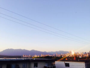 Bright Kitsilano sublet, City&Mountain View, fully furnished