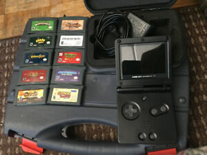 Gameboy Advance SP w/case and 10 Classic games!