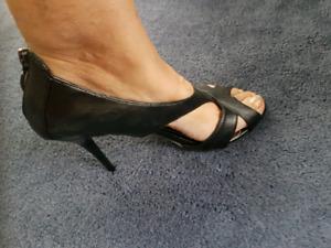 Woman's sandals/ shoes