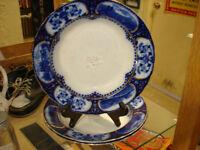 ANTIQUE VICTORIAN FLOW BLUE SOUP BOWLS, HUNTING MOTIF
