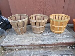 FRUIT BASKETS - LOT OF 7 - REDUCED!!!!