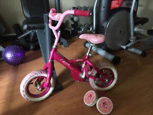 Vélo fille 18 mois / 3 ans