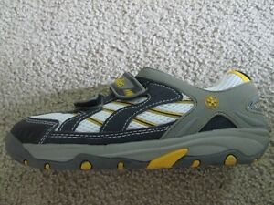 BRANDNEW SWISSIES running shoes EUR Size 36 - US Youth 4-4.5