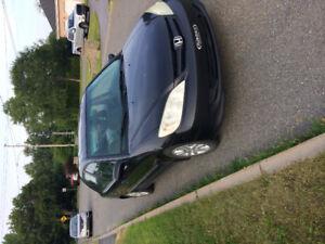 Honda Civic 2005 nécessitant réparations