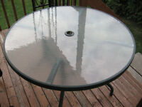 TABLE-metal with top glass