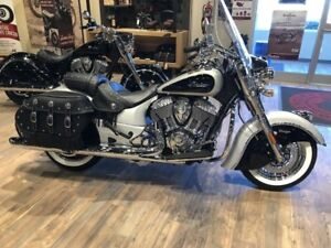 2018 Indian Motorcycle Chief Vintage ABS Star Silver over Thunde