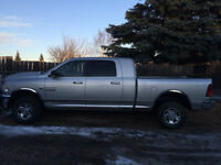 2013 Dodge Ram 2500 SLT MEGA CAB/4X4/DIESEL/ EXCELLENT CONDITION