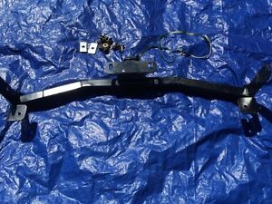 Trailer hitch like new. Fits 2011 equinox  London Ontario image 3