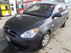 2011 Hyundai Accent Hatchback 2 doors