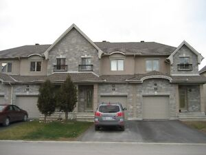 Luxury 3 bedroom townhouse minutes to downtown Ottawa