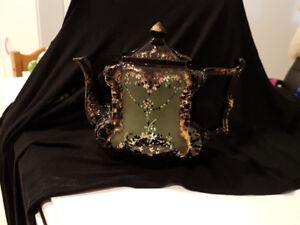 Antique Victorian Style Teapot Early 1900's