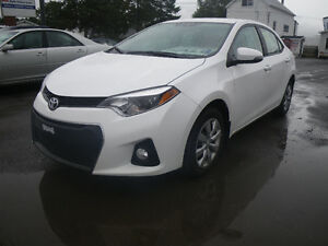 2016 Toyota Corolla S BRAND NEW (minor & driveable) damaged car