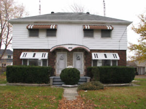 Viewing Sat 22nd 2-3pm SHARP - Semi with huge yard