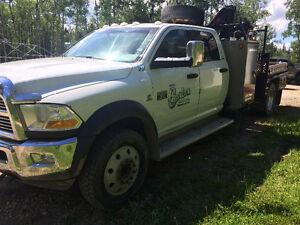 Dodge 5500 Picker Truck