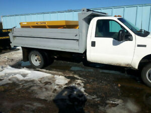 2001 F550 7.3 Diesel 4x4 with plow & salter