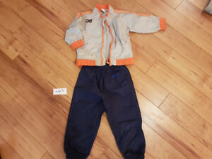 Boys size 3 wind jacket and wind pants