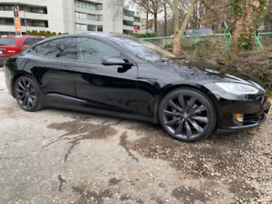 Tesla Model S P85 Signature Edition