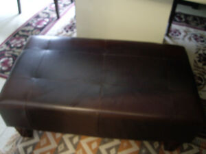 FABULOUS LEATHER BENCH