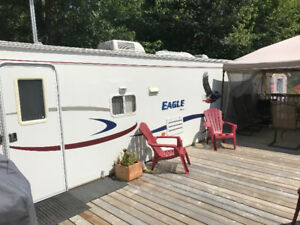 33 foot jayco trailor and camp site