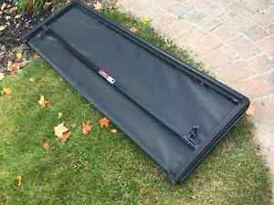 F150 Tri-fold Truck Bed Tonneau Cover (Freedom by Extang) London Ontario image 3