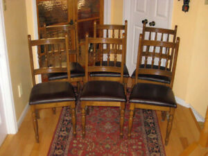 6 Very Solid Oak Dining / Kitchen Chairs in Great Shape
