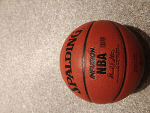 Spalding Infusion Basketball - built in pump!!!