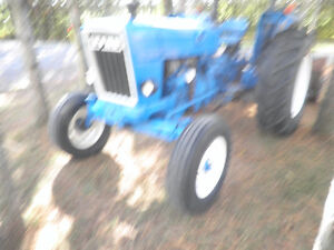 FORD 4600 Tractor with Snowblower