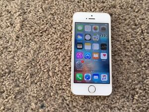 Iphone 5s 16gb gold rogers/chatr for sale
