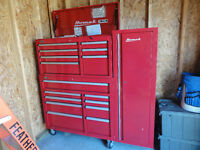 Homak 16 drawer tool cabinet with side cupboard