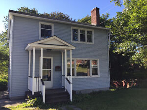GREAT HOUSE GREAT LOCATION - Directly across from MUN's campus